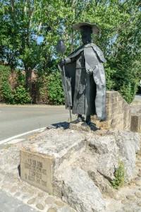 Pilgrim Monument, Puenta la Reina