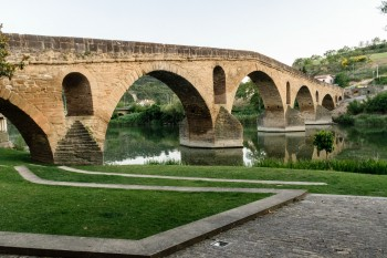 Puenta la Reina's medieval pilgrim bridge over the river Arga