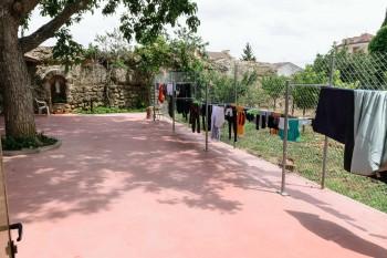 Courtyard and clotheslines, Santa Maria Albergue