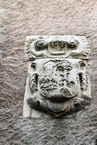 Family crest, Villafranca del Bierzo