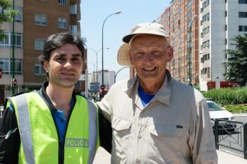 With Oscar (Spain)