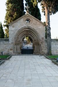 Entrance, Navarrete cemetary