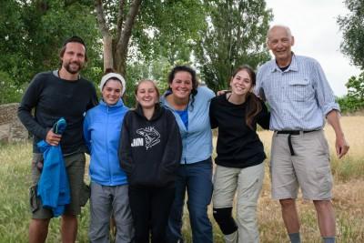 Zio, Lilach (Israel), Babette (Belgium), Sigal (Israel), Savvy (Israel), and Steve