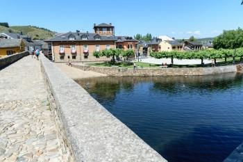 Bridge into  Molinaseca