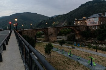 Early morning, leaving Villafranca del Bierzo