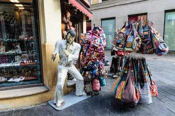 Elvis on a street corner in Leon