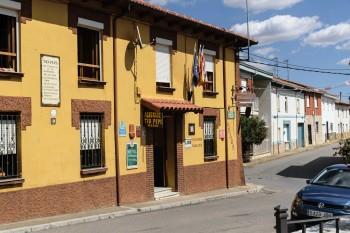 Our albergue in Villar de Mazarife
