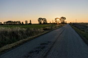 Early morning, leaving Villar de Mazarife