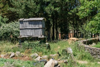 Wood granary